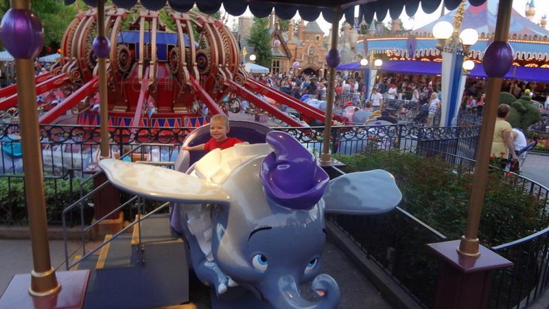 """Disneyland Dumbo"""