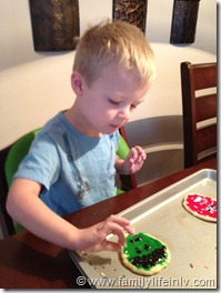 Avengers Cookie Decorating (4)