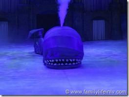 Disney on Ice Whale2