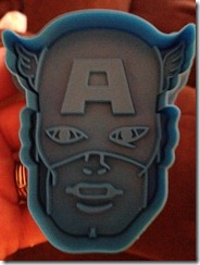 Williams Sonoma Avengers Cookie Cutters (1)