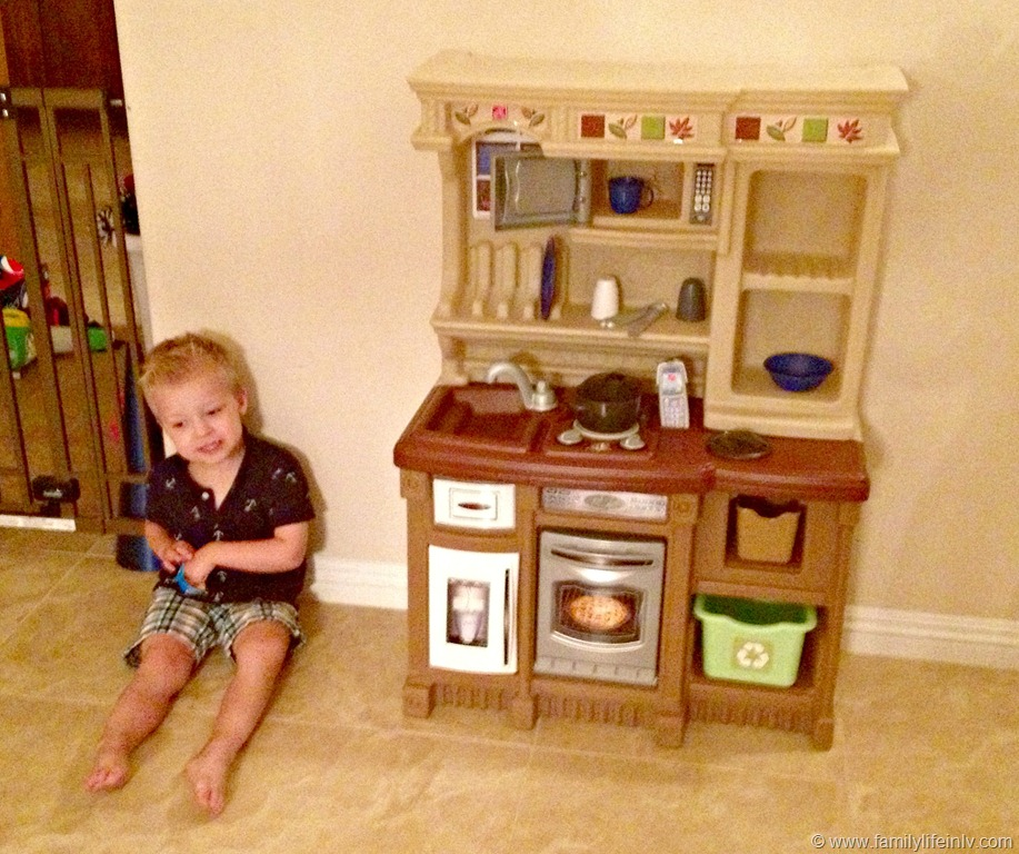 Step2 Lifestyle Welcome Home Kitchen Review - Our Knight Life