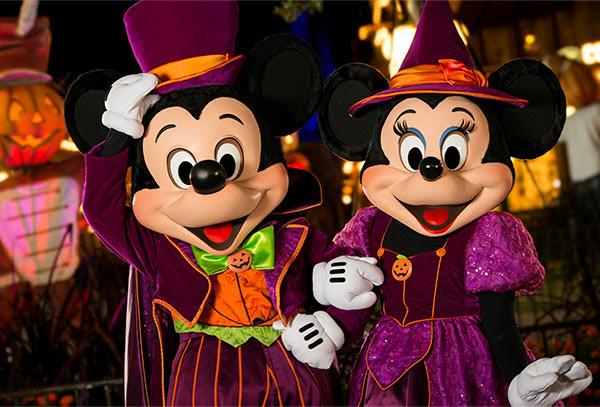 """Halloween at Disneyland"" ""Fall Events Las Vegas"" ""Halloween Las Vegas"" ""Family Events Las Vegas"" ""Las Vegas Trick Or Treat"" ""Las Vegas Fall Fun and Halloween Events"""