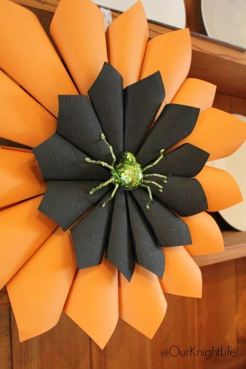 """Halloween Wreath"" ""Halloween Decorations"" ""Halloween DIY"" ""DIY Halloween Paper Wreath"" ""Paper Wreath"" ""Wreath Tutorial"" ""Halloween Crafts"""